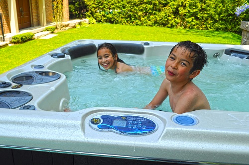 6 Person Hot Tub Self Cleaning 670 Spa By Hydropool