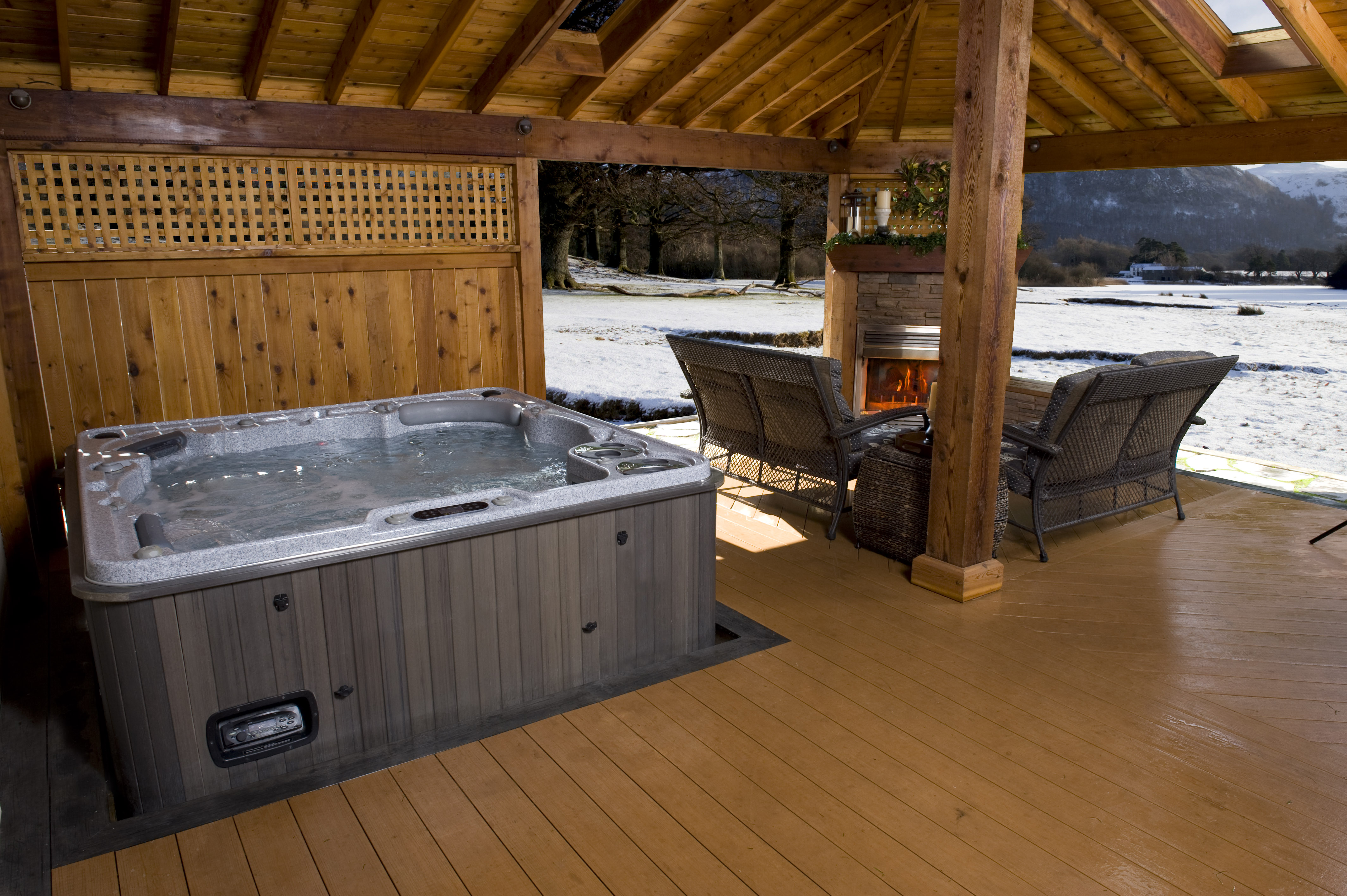 Hydropool Hot Tub In Winter
