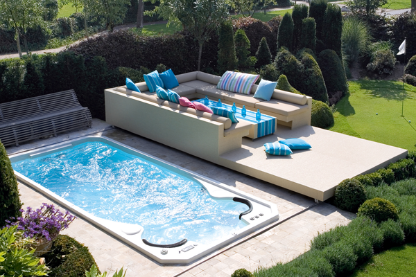 Keys Backyard Jacuzzi : Hydropool Swim Spas AquaTrainer 19 fX